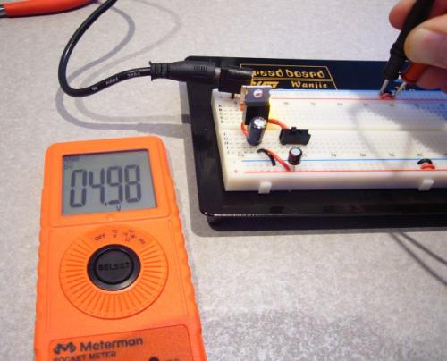 http://www.sparkfun.com/images/tutorials/BEE-Lectures/1-PowerSupply/BB-PowerSupply-3.jpg