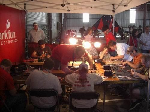 http://www.sparkfun.com/tutorial/Maker-Faire-Austin-2008/MakerFaire-Austin-2008-500-8.jpg