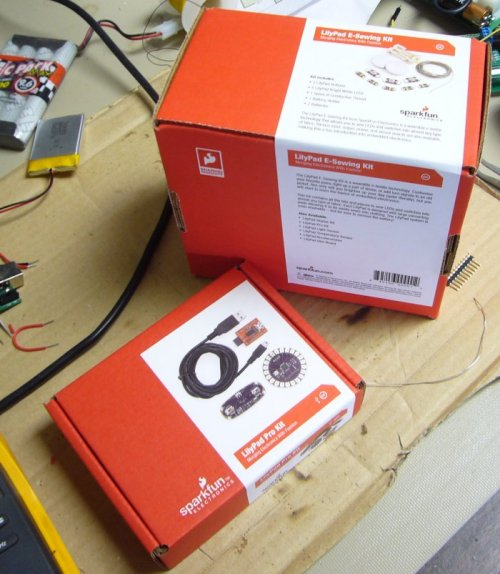 http://www.sparkfun.com/tutorial/news/Kit-Packaging-M.jpg
